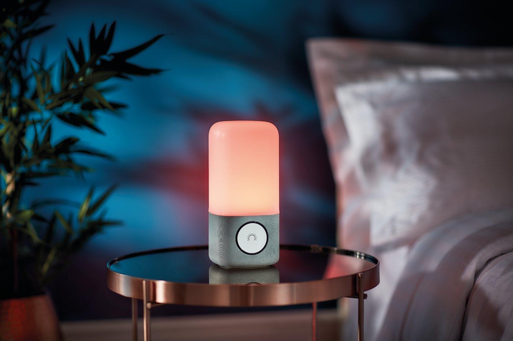 Smart bedroom lighting for light therapy and sunrise simulation